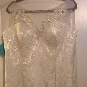 Like new wedding dress!